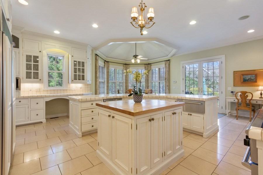Real Estate Photography - 900 Lake St, Libertyville, IL, 60048 - Kitchen