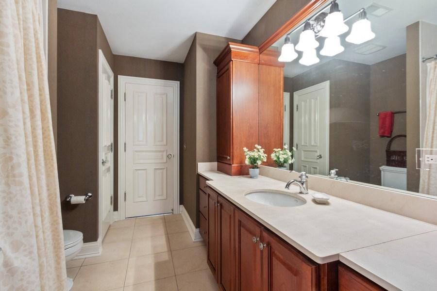 Real Estate Photography - 900 Lake St, Libertyville, IL, 60048 - Bathroom