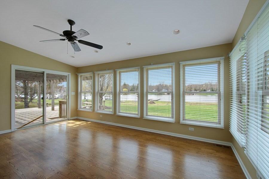 Real Estate Photography - 552 Welch Cir, Lake Barrington, IL, 60010 - Location 3