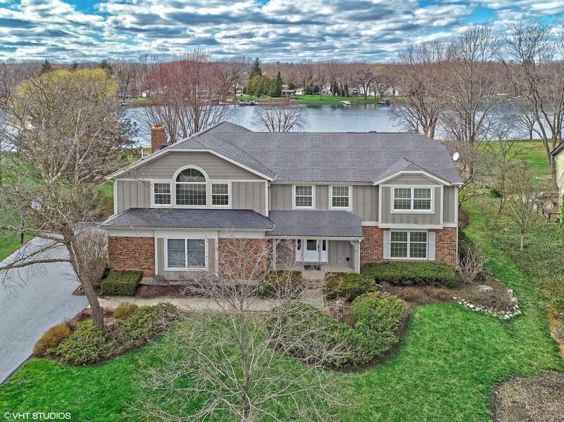 Real Estate Photography - 552 Welch Cir, Lake Barrington, IL, 60010 -