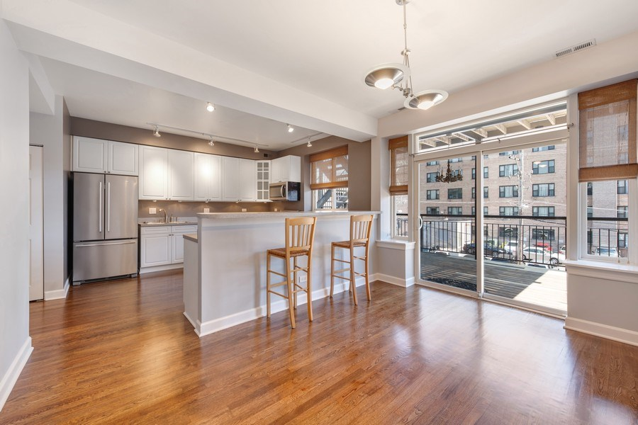 Real Estate Photography - 4921 N Winthrop, Unit 2S, Chicago, IL, 60640 - Kitchen / Dining Room