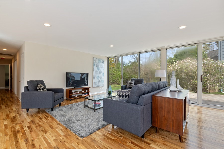 Real Estate Photography - 1985 McCraren Rd, Highland Park, IL, 60035 - Great Room 3