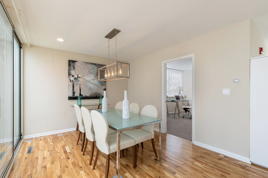 Real Estate Photography - 1985 McCraren Rd, Highland Park, IL, 60035 - Dining Room