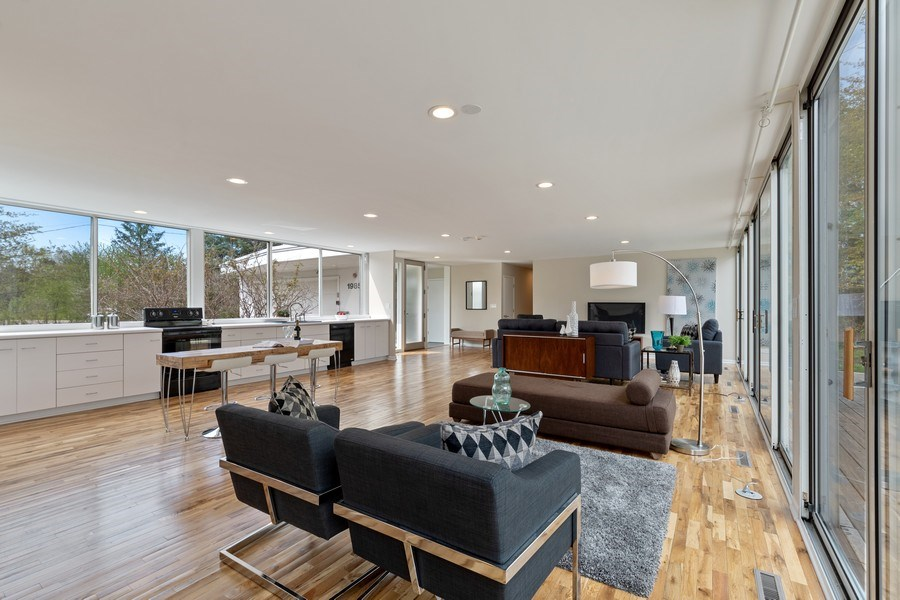 Real Estate Photography - 1985 McCraren Rd, Highland Park, IL, 60035 - Great Room/Kitchen - view 2