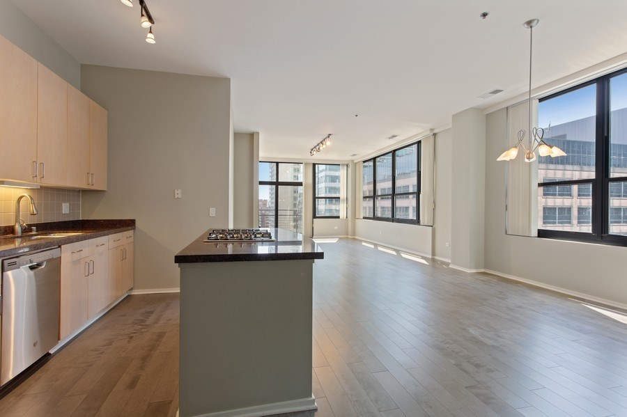 Real Estate Photography - 130 S Canal St, Unit 803, Chicago, IL, 60606 - Kitchen / Living Room
