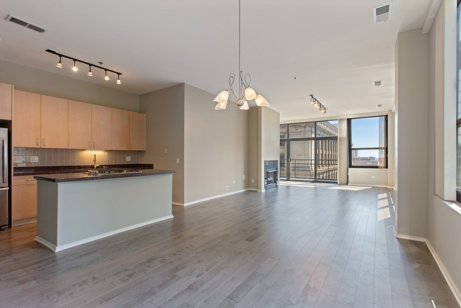 Real Estate Photography - 130 S Canal St, Unit 803, Chicago, IL, 60606 - Kitchen/Living