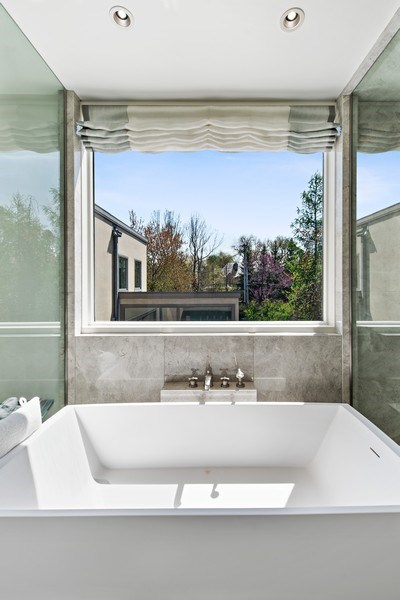 Real Estate Photography - 905 Sunset Road, Winnetka, IL, 60093 - Master Bathroom