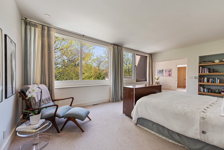 Real Estate Photography - 905 Sunset Road, Winnetka, IL, 60093 - Master Bedroom