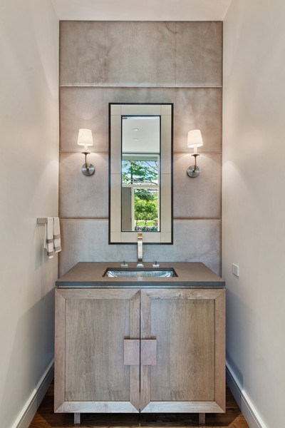 Real Estate Photography - 905 Sunset Road, Winnetka, IL, 60093 - Powder Room
