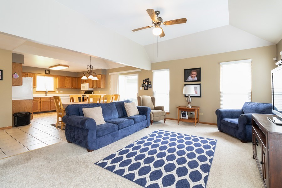 Real Estate Photography - 8153 Lake Street, Willow Springs, IL, 60480 - Living Room