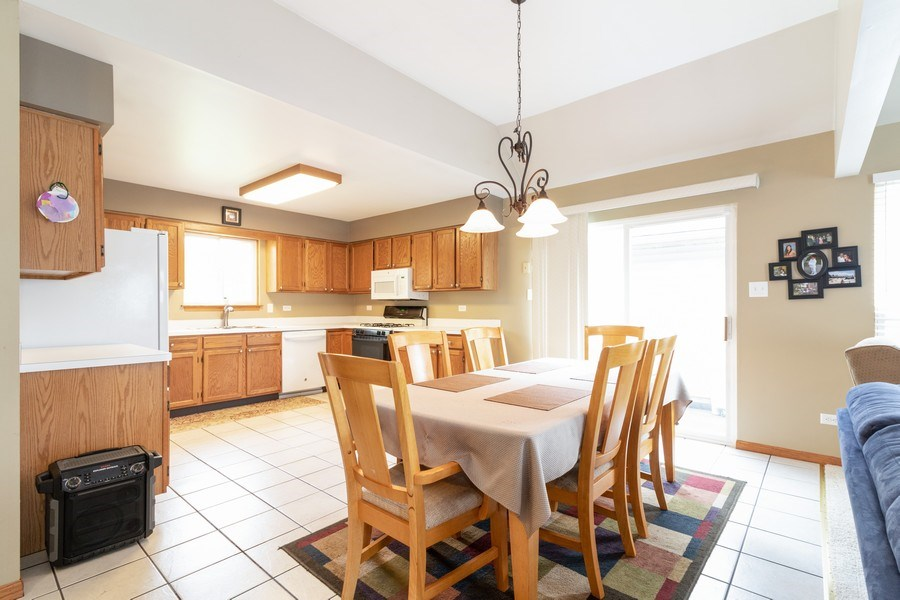 Real Estate Photography - 8153 Lake Street, Willow Springs, IL, 60480 - Kitchen