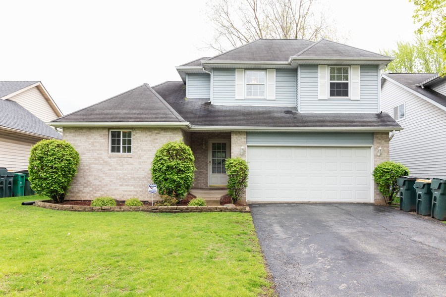 Real Estate Photography - 8153 Lake Street, Willow Springs, IL, 60480 - Front View