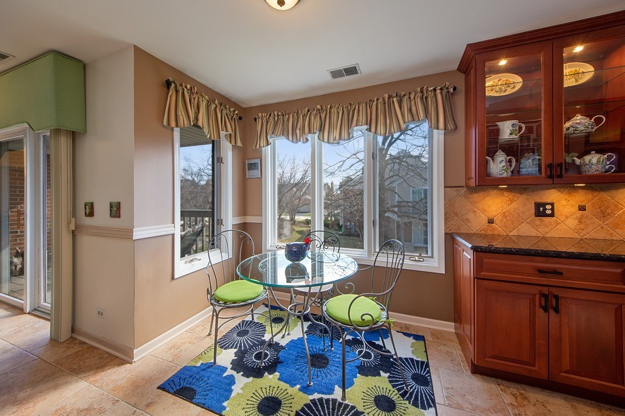 Real Estate Photography - 1635 E Clayton, Arlington Heights, IL, 60004 - Breakfast Area