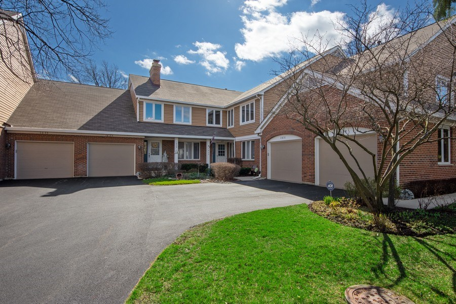 Real Estate Photography - 1635 E Clayton, Arlington Heights, IL, 60004 - Front View