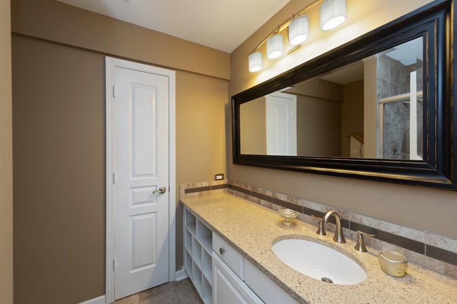 Real Estate Photography - 233 N Bay Ct., Lake Barrington, IL, 60010 - En-Suite Bath