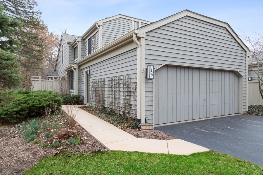 Real Estate Photography - 233 N Bay Ct., Lake Barrington, IL, 60010 - Front View