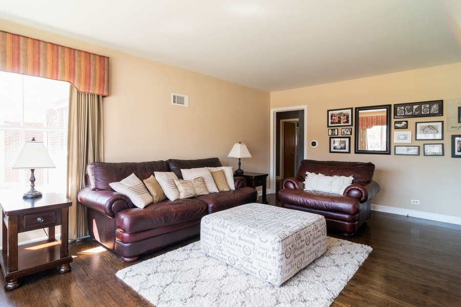 Real Estate Photography - 1352 Westchester Blvd, Westchester, IL, 60154 - Living Room