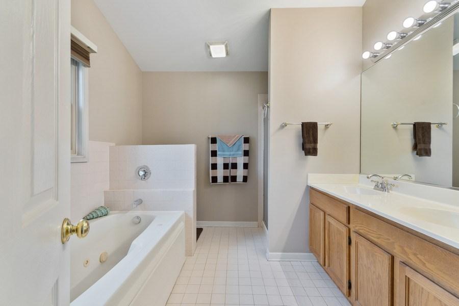 Real Estate Photography - 338 Meadowview Lane, Aurora, IL, 60502 - Master Bathroom
