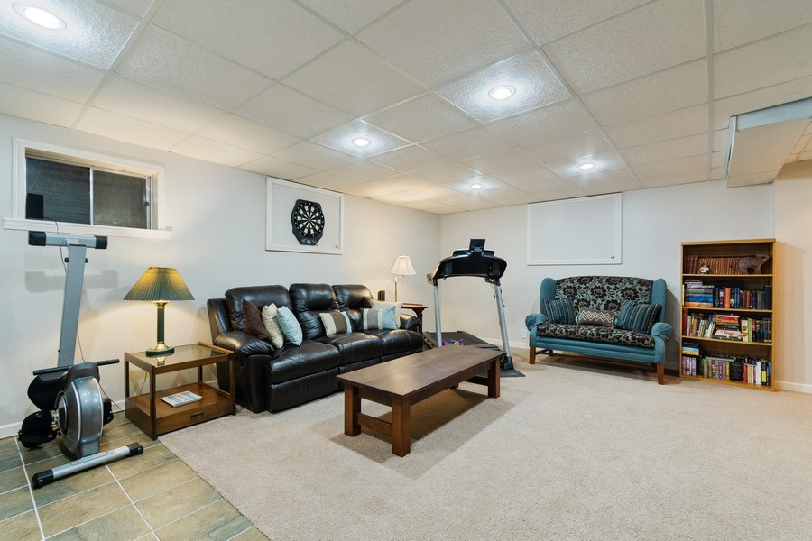 Real Estate Photography - 338 Meadowview Lane, Aurora, IL, 60502 - Family Room