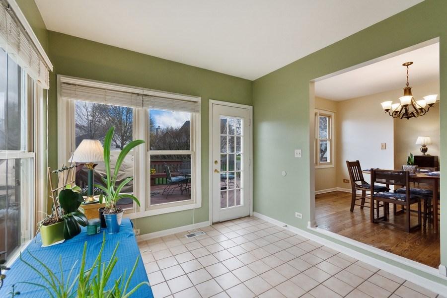 Real Estate Photography - 338 Meadowview Lane, Aurora, IL, 60502 - Sun Room