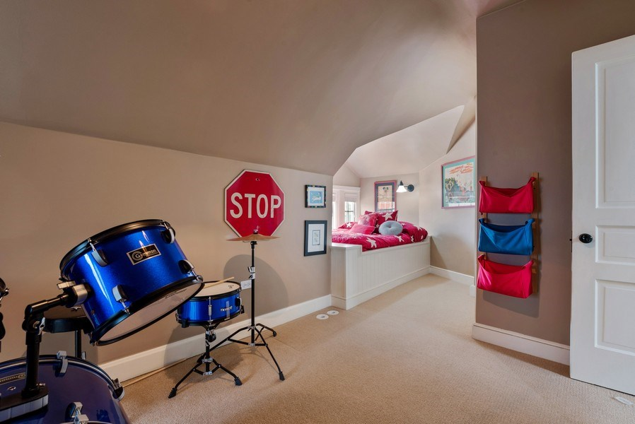 Real Estate Photography - 523 Essex, Kenilworth, IL, 60043 - 3rd Bedroom