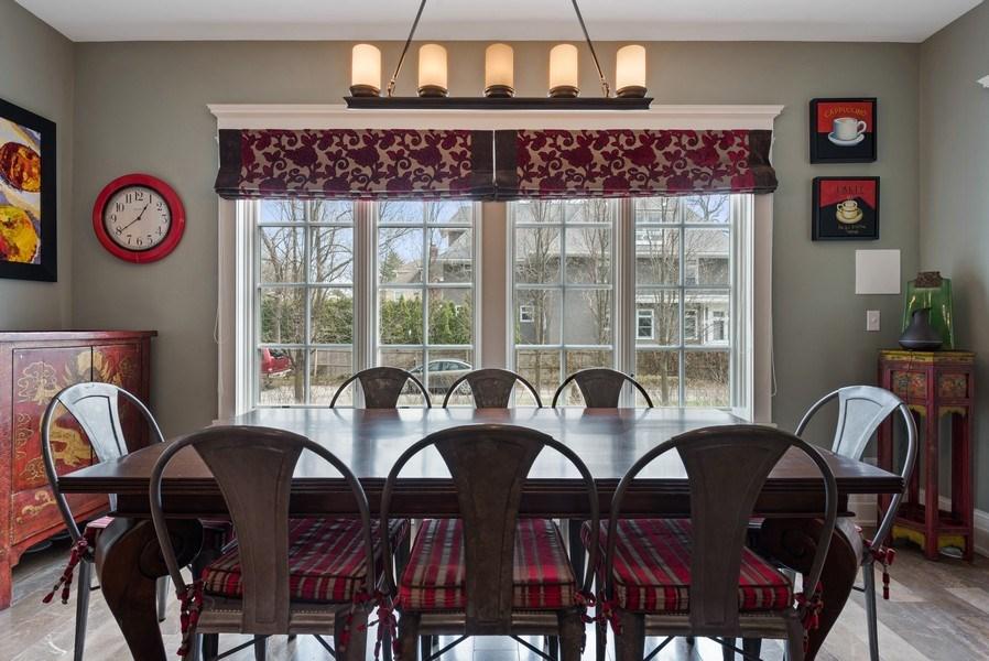 Real Estate Photography - 523 Essex, Kenilworth, IL, 60043 - Breakfast Area