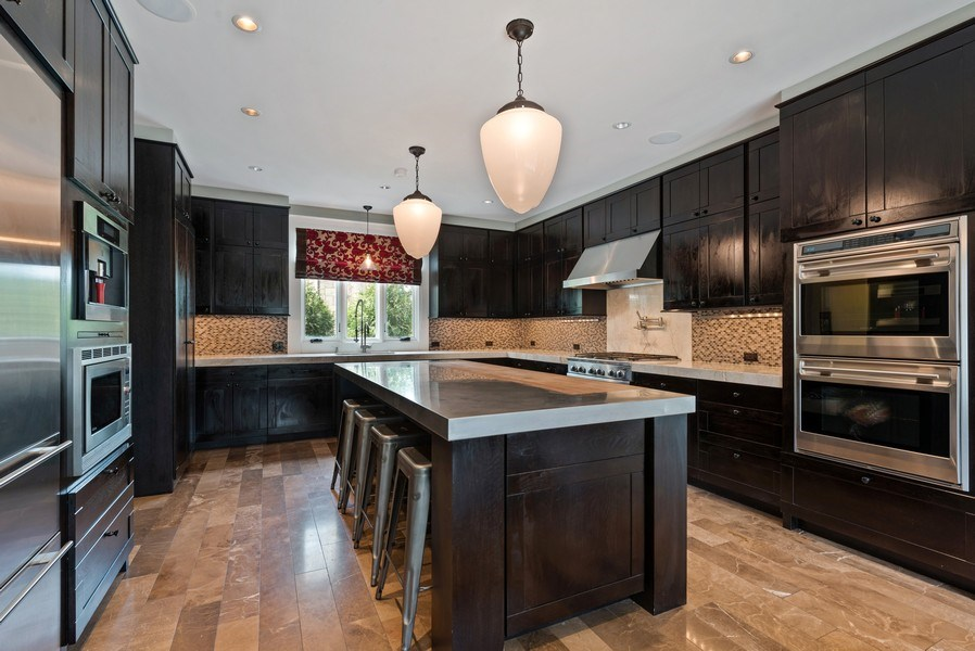 Real Estate Photography - 523 Essex, Kenilworth, IL, 60043 - Kitchen