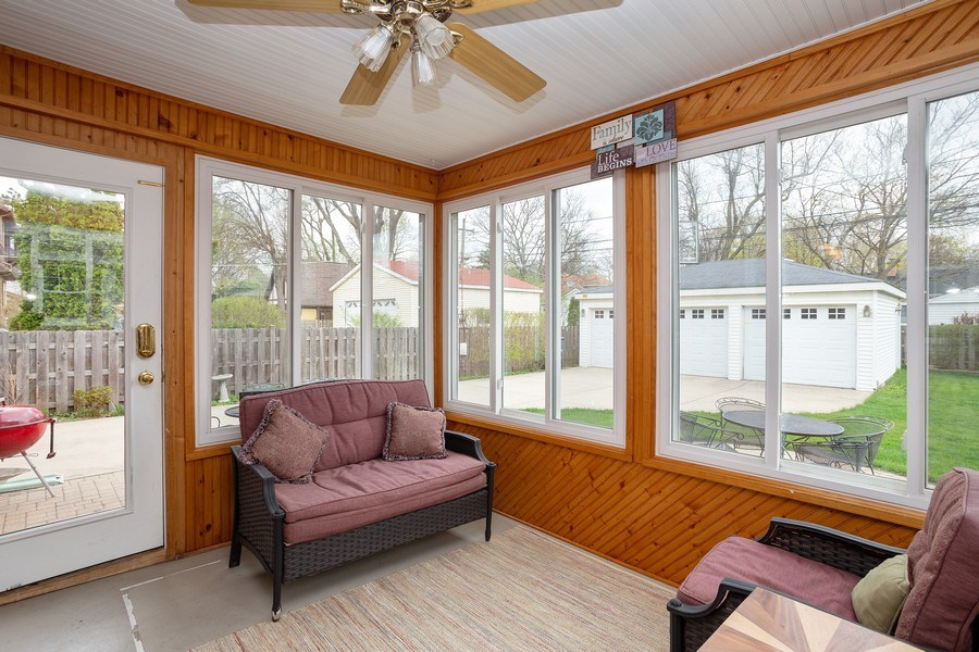 Real Estate Photography - 543 S Dunton Ave, Arlington Heights, IL, 60005 - Sun Room