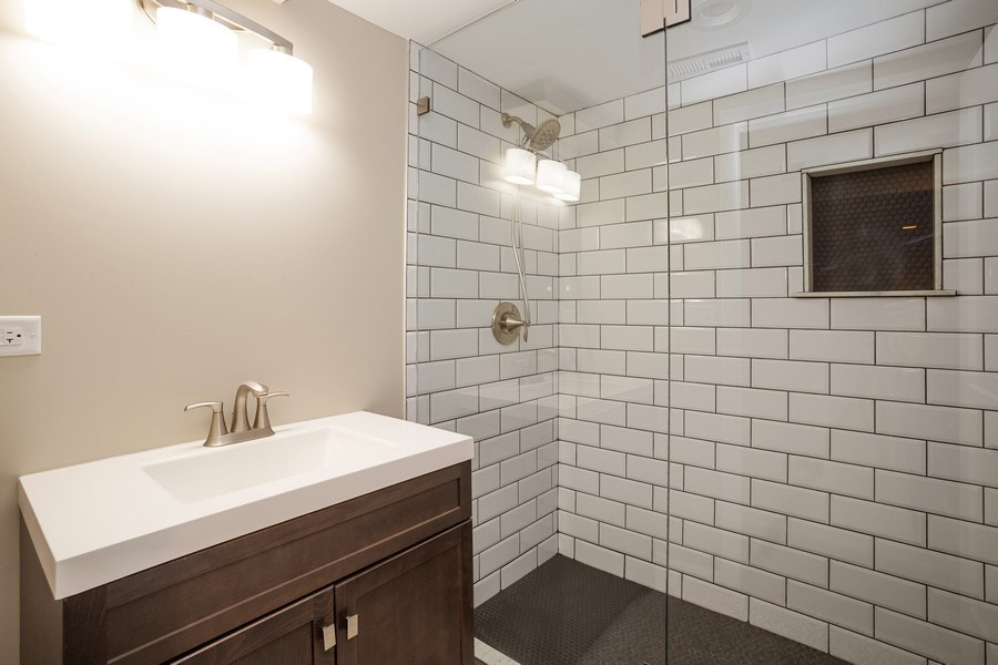 Real Estate Photography - 821 N Patton Ave, Arlington Heights, IL, 60004 - 2nd Bathroom