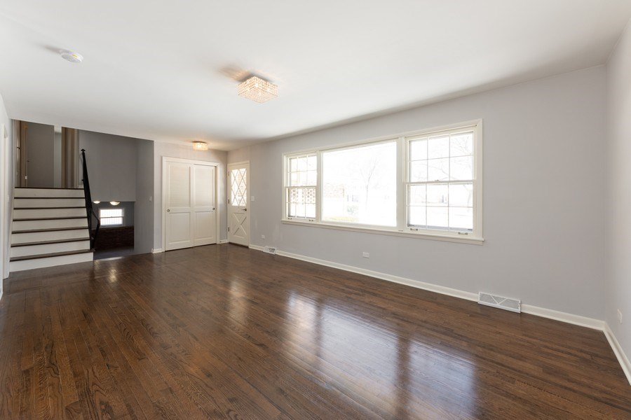 Real Estate Photography - 509 Knobhill, arlington Heights, IL, 60004 - Living Room