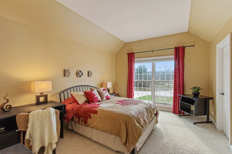 Real Estate Photography - 930 Lakewood Drive, Barrington, IL, 60010 - 3rd Bedroom