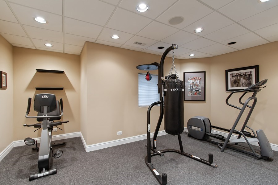 Real Estate Photography - 930 Lakewood Drive, Barrington, IL, 60010 - Exercise Room