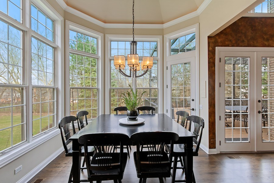 Real Estate Photography - 930 Lakewood Drive, Barrington, IL, 60010 - Breakfast Room