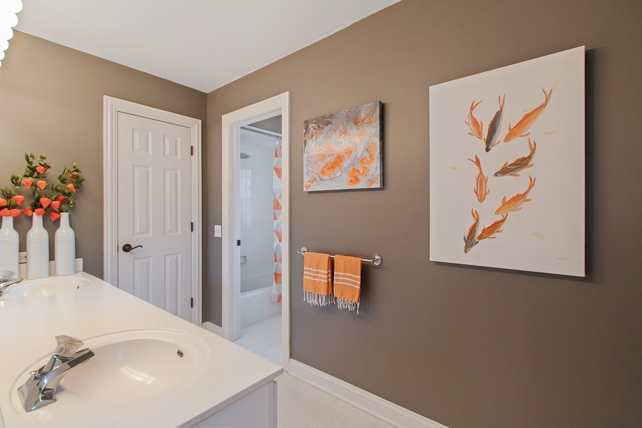 Real Estate Photography - 930 Lakewood Drive, Barrington, IL, 60010 - Hall Bathroom