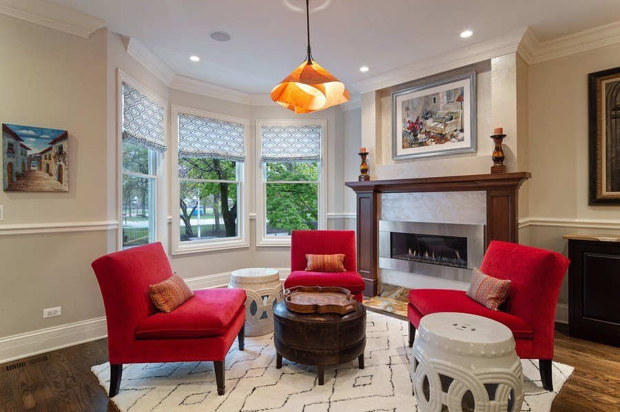 Real Estate Photography - 3036 N Hoyne Ave, Chicago, IL, 60618 - Living Room