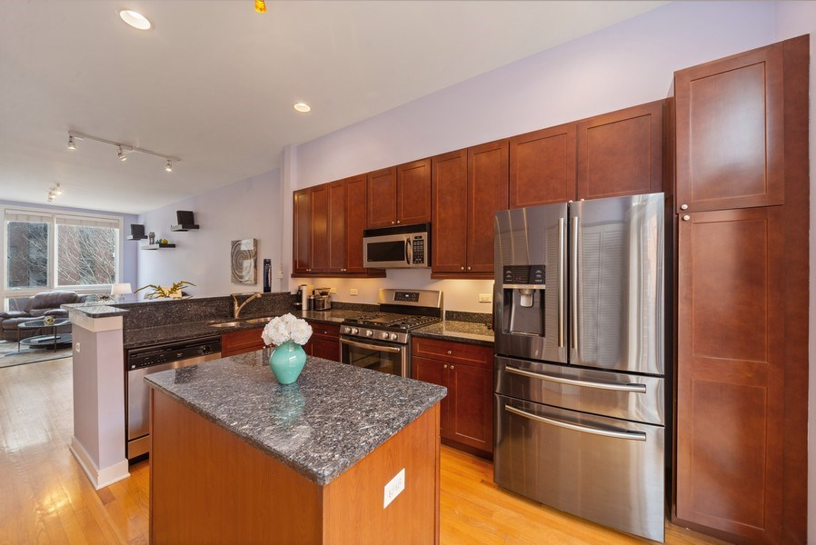 Real Estate Photography - 2338 W Wolfram, Chicago, IL, 60618 - Kitchen