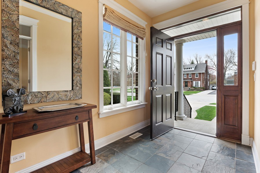 Real Estate Photography - 1415 Lincoln Ave, Evanston, IL, 60201 - Foyer