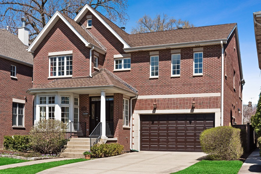 Real Estate Photography - 1415 Lincoln Ave, Evanston, IL, 60201 - Front View