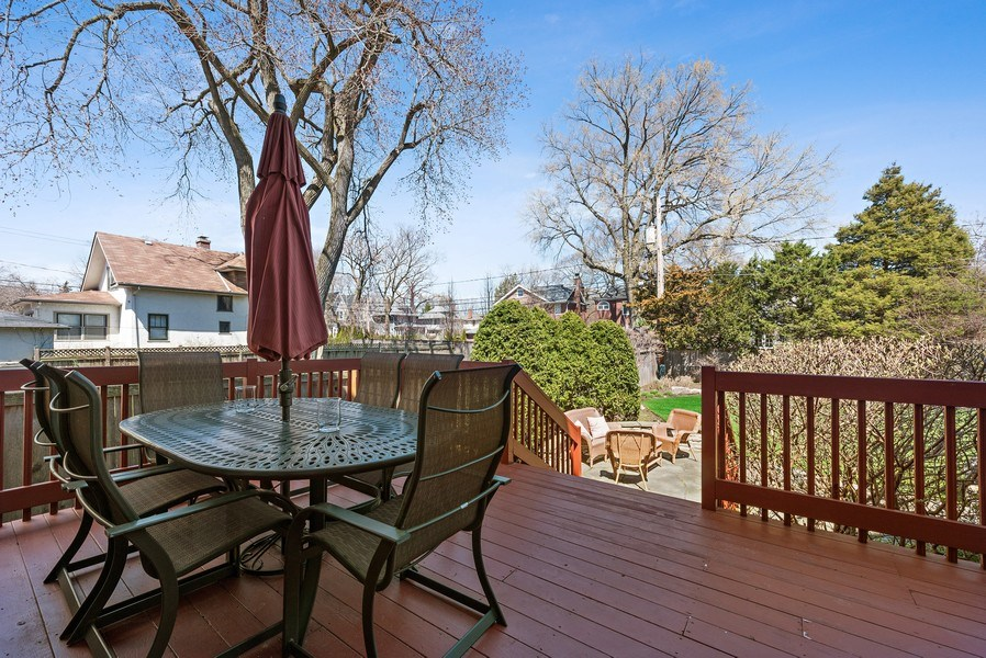 Real Estate Photography - 1415 Lincoln Ave, Evanston, IL, 60201 - Deck
