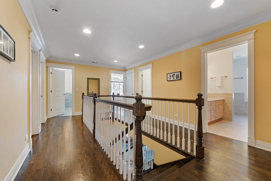 Real Estate Photography - 1415 Lincoln Ave, Evanston, IL, 60201 - Entryway