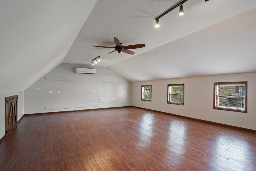 Real Estate Photography - 201 W Russell St, Barrington, IL, 60010 - Location 4