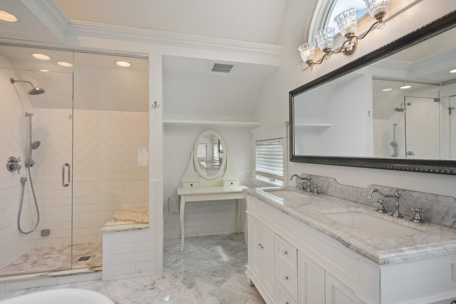 Real Estate Photography - 201 W Russell St, Barrington, IL, 60010 - Master Bathroom