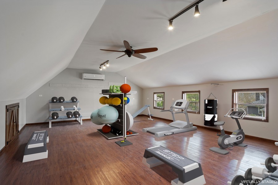 Real Estate Photography - 201 W Russell St, Barrington, IL, 60010 - Fitness Room