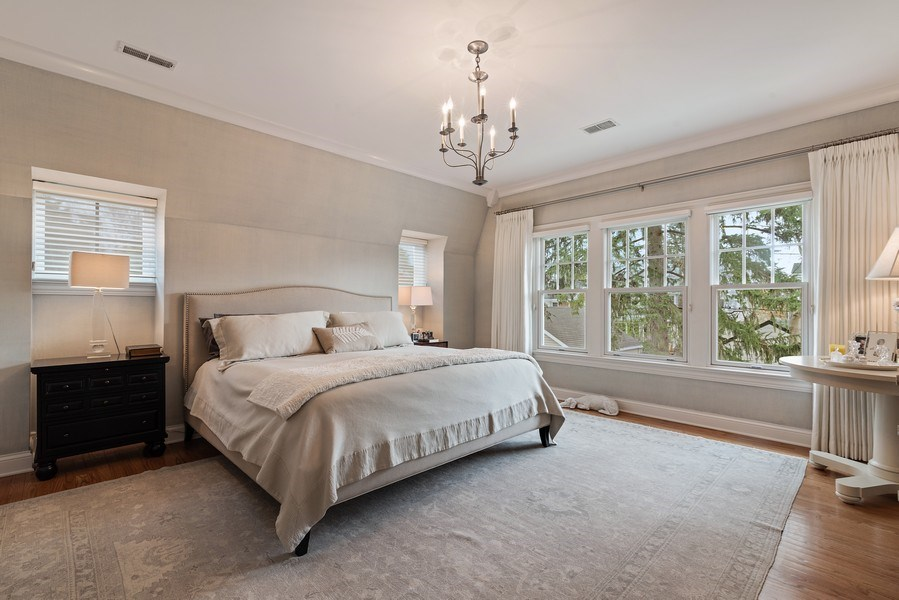Real Estate Photography - 2021 Chestnut Ave, Wilmette, IL, 60091 - Master Bedroom