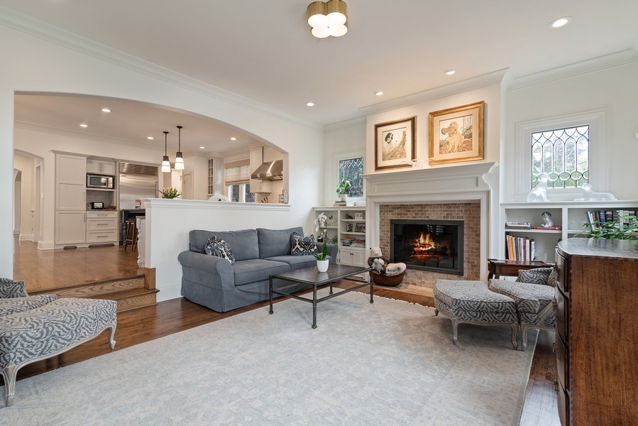 Real Estate Photography - 2021 Chestnut Ave, Wilmette, IL, 60091 - Family Room