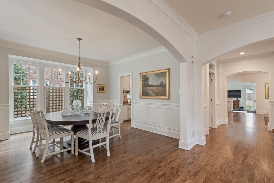 Real Estate Photography - 2021 Chestnut Ave, Wilmette, IL, 60091 - Dining Room