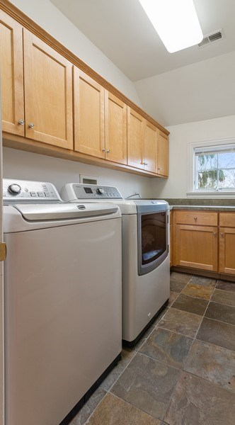 Real Estate Photography - 2021 Chestnut Ave, Wilmette, IL, 60091 - Laundry Room