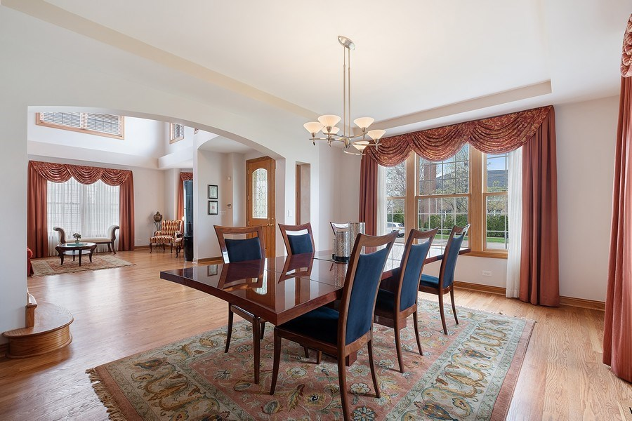 Real Estate Photography - 1650 Primrose Ln, Glenview, IL, 60026 - Dining Room