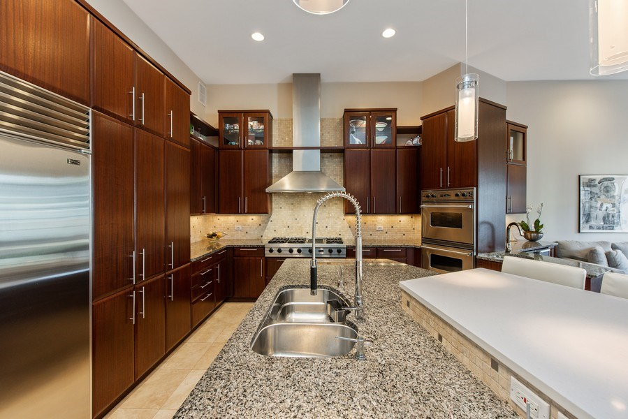 Real Estate Photography - 1619 N. Paulina St., Chicago, IL, 60622 - Kitchen