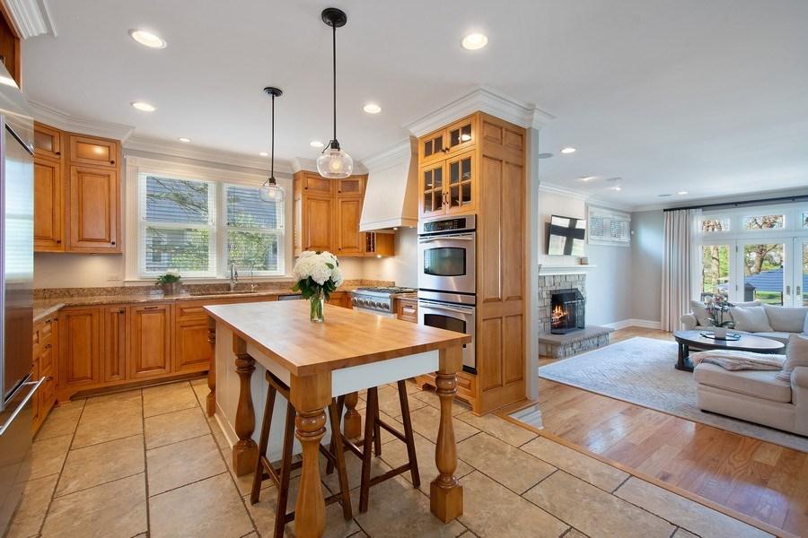 Real Estate Photography - 428 North Avenue, Barrington, IL, 60010 - Kitchen